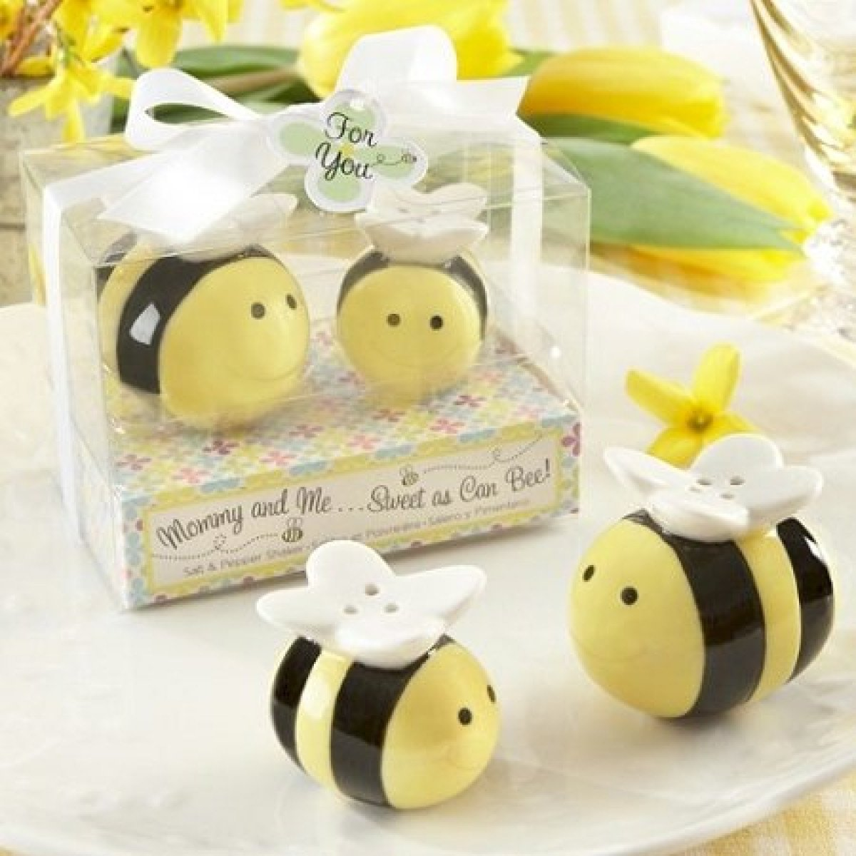 Sweet As Can Bee Salt And Pepper Shakers