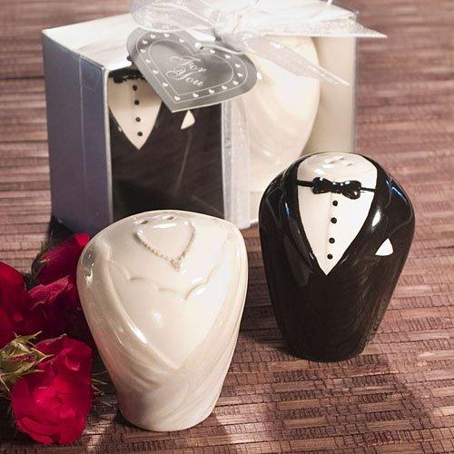 Bride & Groom Salt & Pepper Shakers Favors