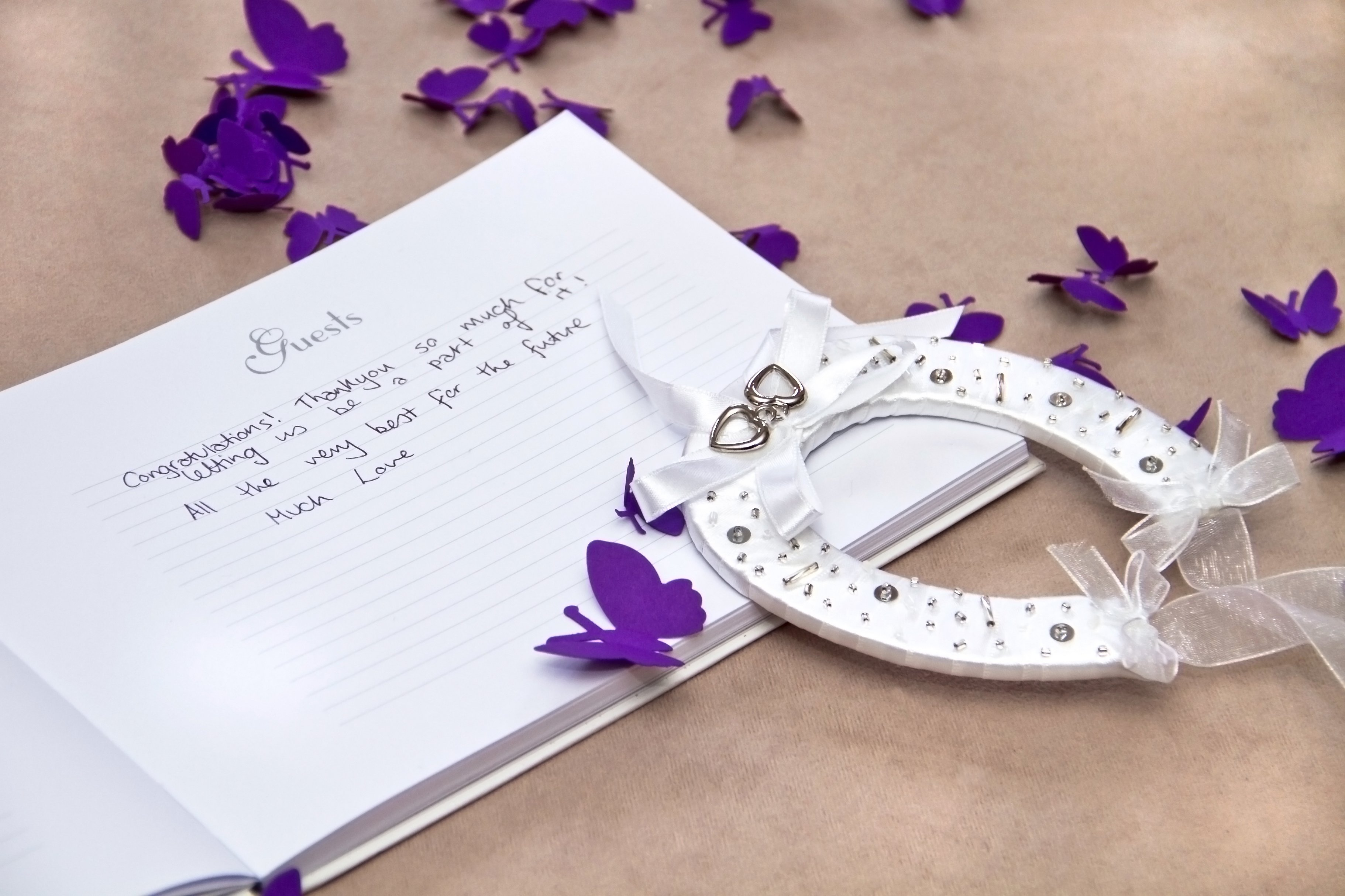 Wedding Gift Ideas For Guests Singapore : SG Wedding Favors, Wedding Gifts Singapore, Wedding Door Gifts, Honey ...